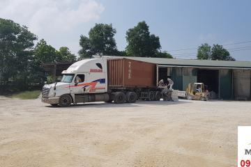 Đóng hàng container giao cho khách hàng Bình Dương